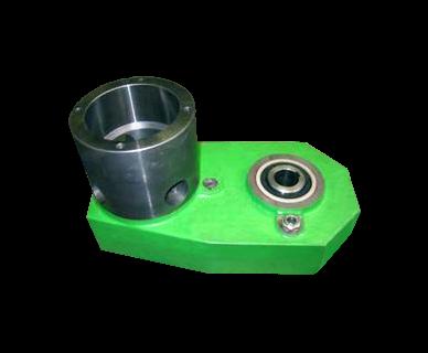 Hydraulic gear case frame saw rollers lifting